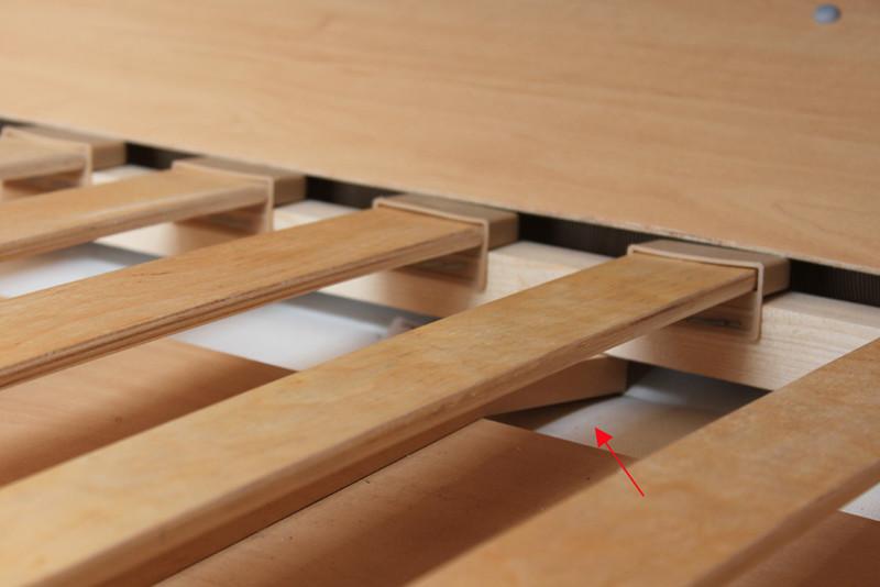 lattenrost unterkonstruktion im alkoven gebrochen reparatur wohnmobil forum seite 1. Black Bedroom Furniture Sets. Home Design Ideas