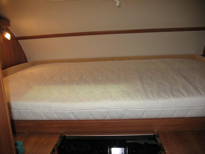 Was habt ihr an eurem womo alles umgebaut wohnmobil for Bett vor heizung