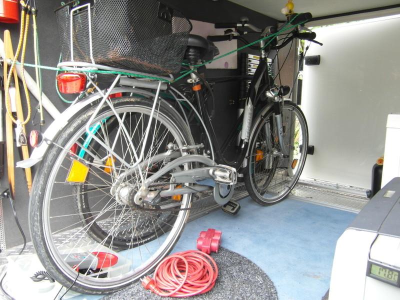 fahrradtr ger in garage welchen wohnmobil forum seite 1. Black Bedroom Furniture Sets. Home Design Ideas
