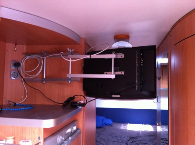 Tv wandhalterung selber bauen  TV-Halterung selber bauen - Wohnmobil Forum