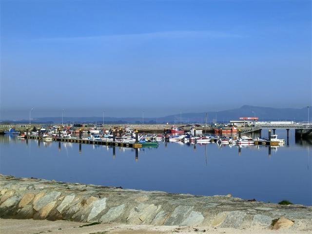 Cambados-Hafen_b15c.JPG