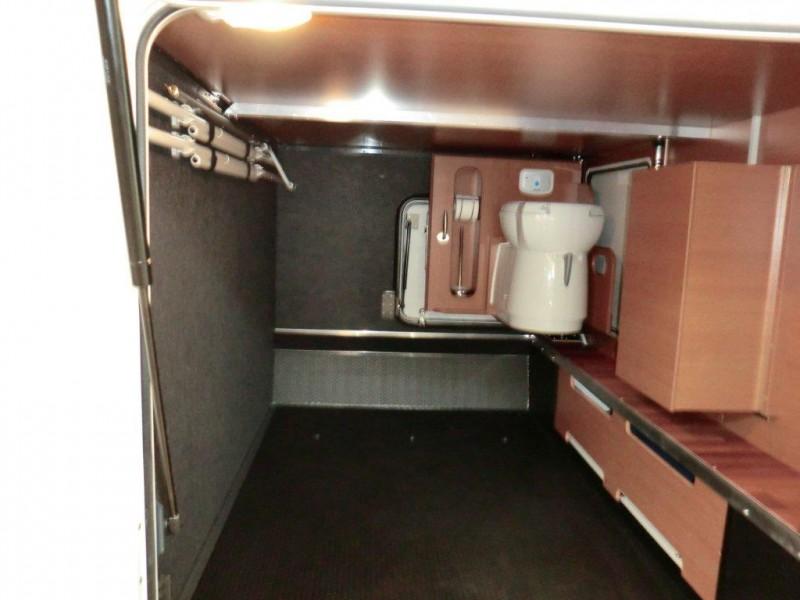 garage einrichten einr umen fotos wohnmobil forum seite 4. Black Bedroom Furniture Sets. Home Design Ideas