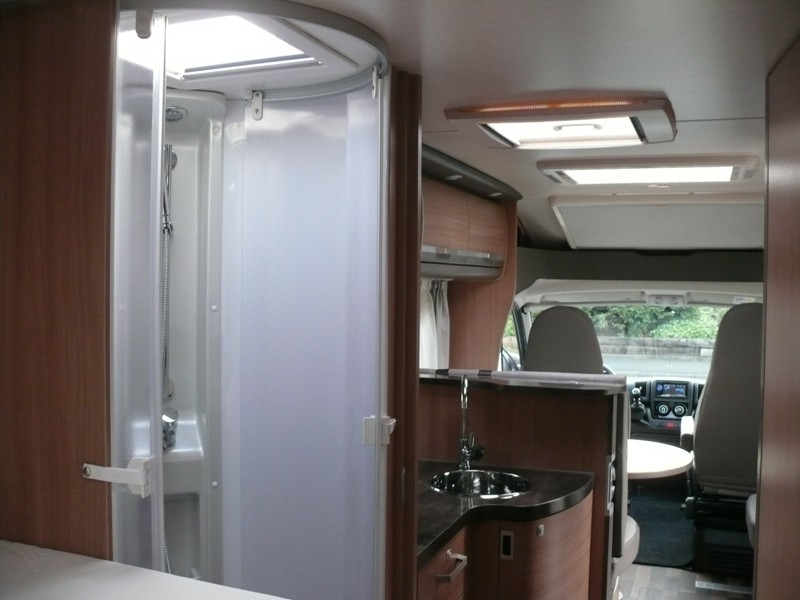 neue knaus generation 2012 wohnmobil forum seite 2. Black Bedroom Furniture Sets. Home Design Ideas