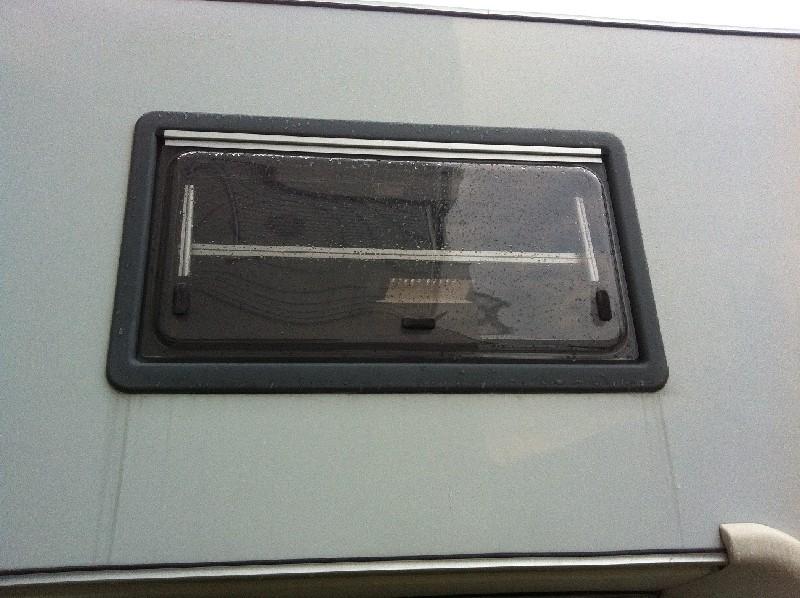 Silikonfuge bei fenster entfernen wohnmobil forum seite 2 for Fenster wohnmobil