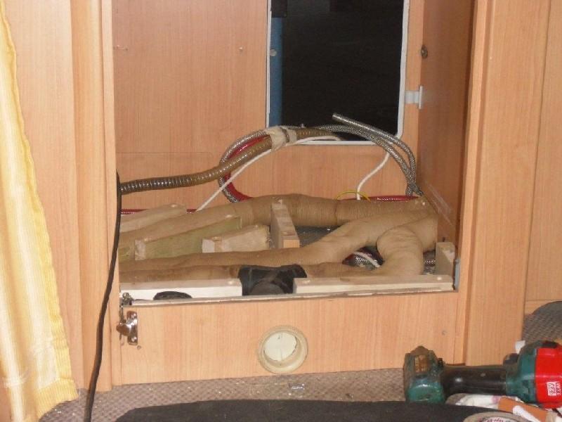 1700 euro f r einbau der duschwanne ok oder abzocke. Black Bedroom Furniture Sets. Home Design Ideas