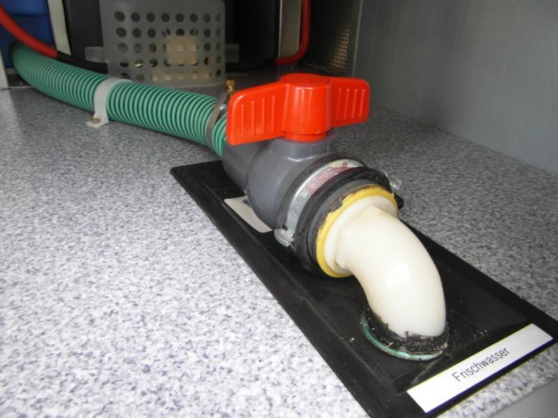 frischwassertank ablassen wohnmobil forum seite 2. Black Bedroom Furniture Sets. Home Design Ideas