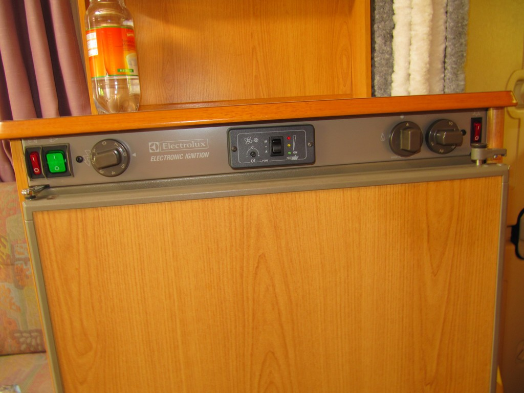 Electrolux Auto Kühlschrank : Problem kühlschrank electrolux rm r wohnmobil forum seite