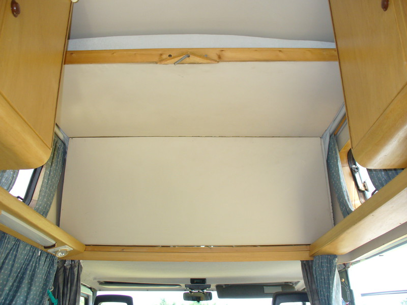 suche idee f r bett in hochdach fiat ducato 39 98 wohnmobil forum. Black Bedroom Furniture Sets. Home Design Ideas