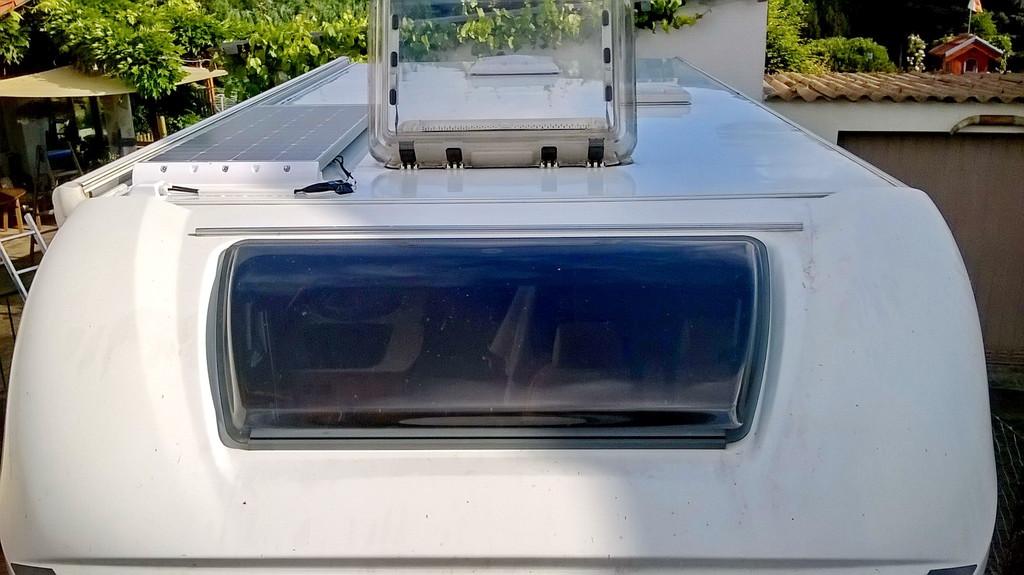 solar projekt carado t344 100w mppt einbauanleitung wohnmobil forum seite 1. Black Bedroom Furniture Sets. Home Design Ideas
