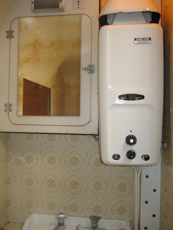 boiler oder durchlauferhitzer stromverbrauch elektrischer. Black Bedroom Furniture Sets. Home Design Ideas