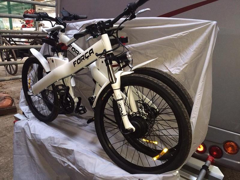 schutz f r e bikes auf motorradtr ger wohnmobil forum. Black Bedroom Furniture Sets. Home Design Ideas