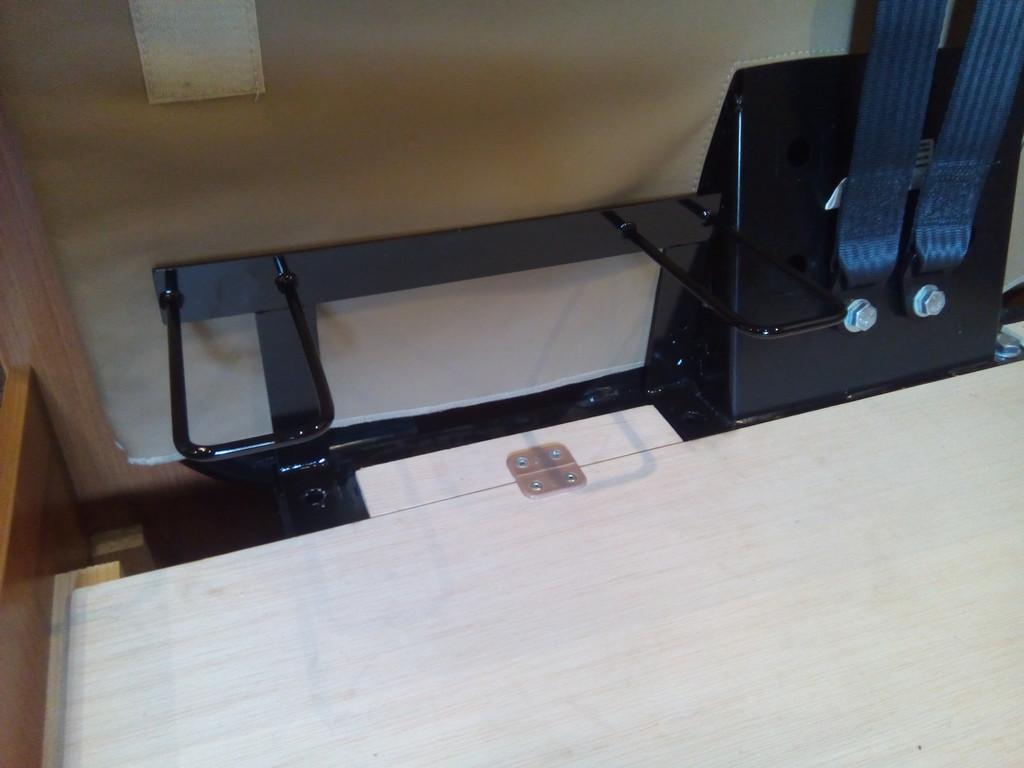 einbau isofix vorrichtung wohnmobil forum seite 1. Black Bedroom Furniture Sets. Home Design Ideas