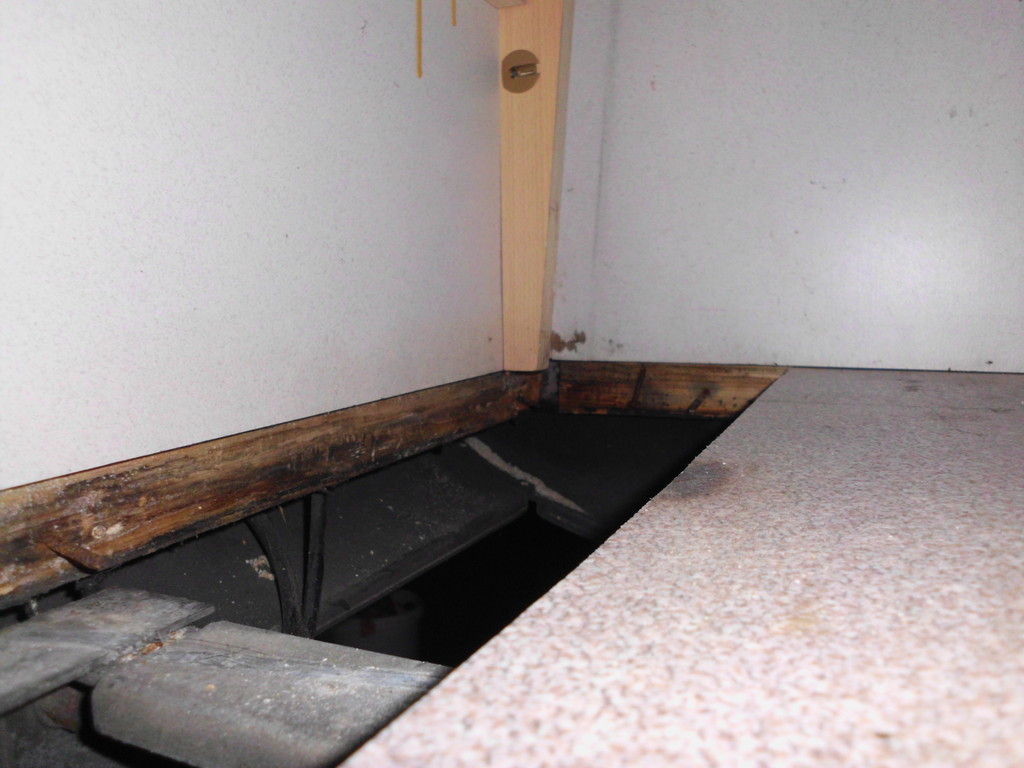 knaus sanierung der bodenplatte wohnmobil forum seite 2. Black Bedroom Furniture Sets. Home Design Ideas