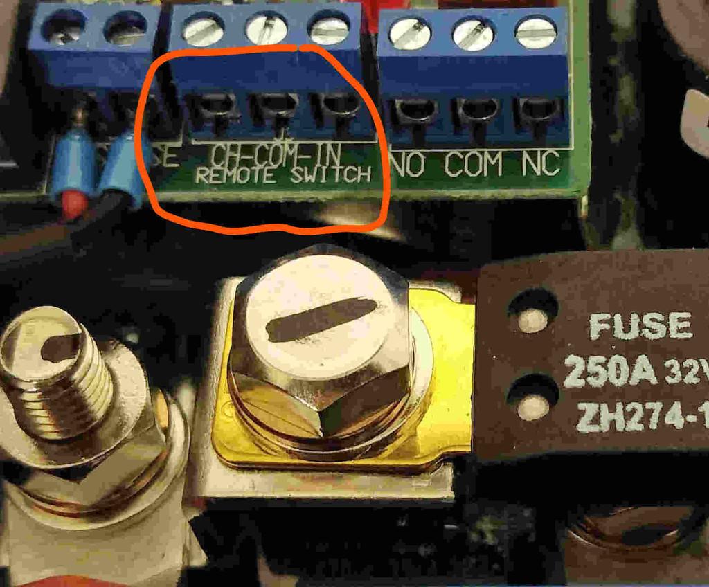 Victron Multiplus 12V 1600 70A-16 Eigenschaft Remote-Anschl ...