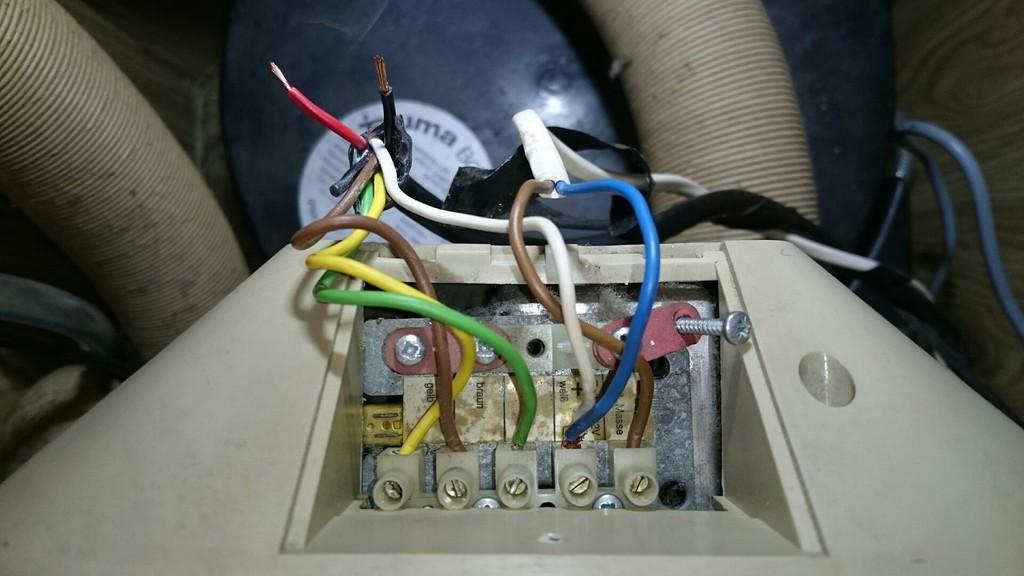 Super Zusätzliche Ventilation für die Truma selber bauen? - Wohnmobil TI58