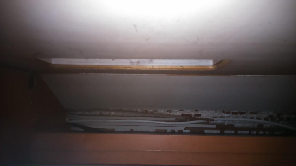 Kühlschrank Aufbau Hinten : Kühlschrank entlüftung übers dach wohnmobil forum seite