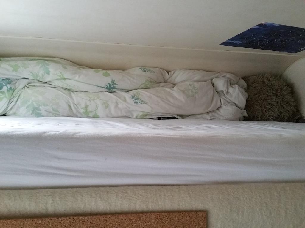 Matratzenproblem Winter Wer schläft dauerhaft im Alkoven