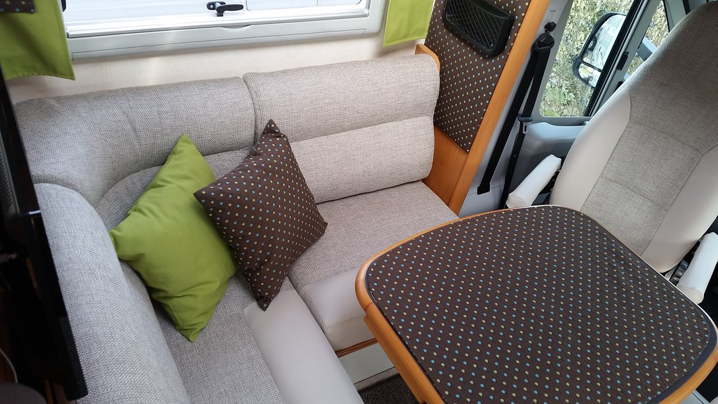 genug wohnwagen polster neu beziehen nd79 messianica. Black Bedroom Furniture Sets. Home Design Ideas