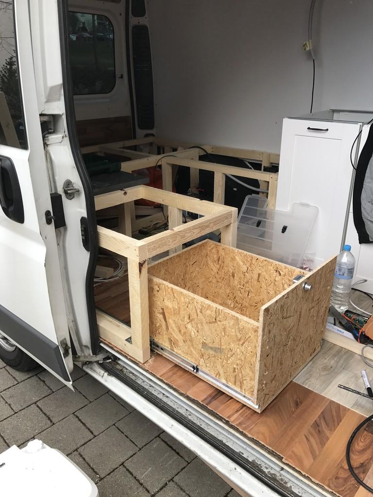 wohnmobil k chenblock selber bauen hochschr nke k che wasserhahn hornbach dachschr ge ideen. Black Bedroom Furniture Sets. Home Design Ideas