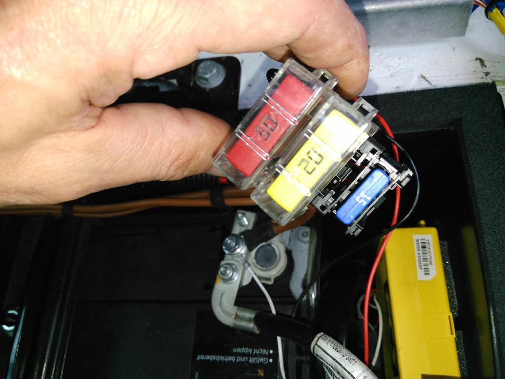 Kühlschrank Sicherung : Sicherung gitter fÜr dometic kühlschrank eur
