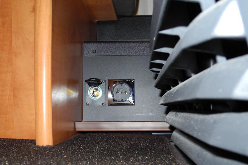 wechselrichter f r kleinger te und frage zum. Black Bedroom Furniture Sets. Home Design Ideas