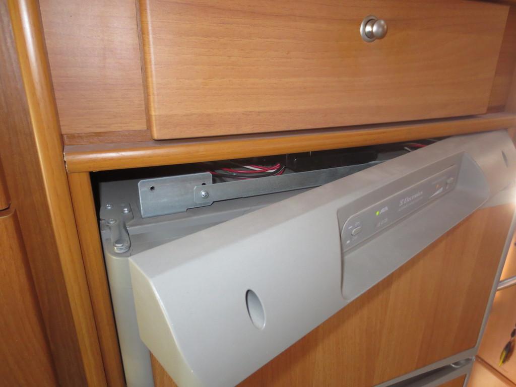 Electrolux Kühlschrank Wohnmobil : Generelle frage zu einem aes kühlschrank wohnmobil forum seite 1