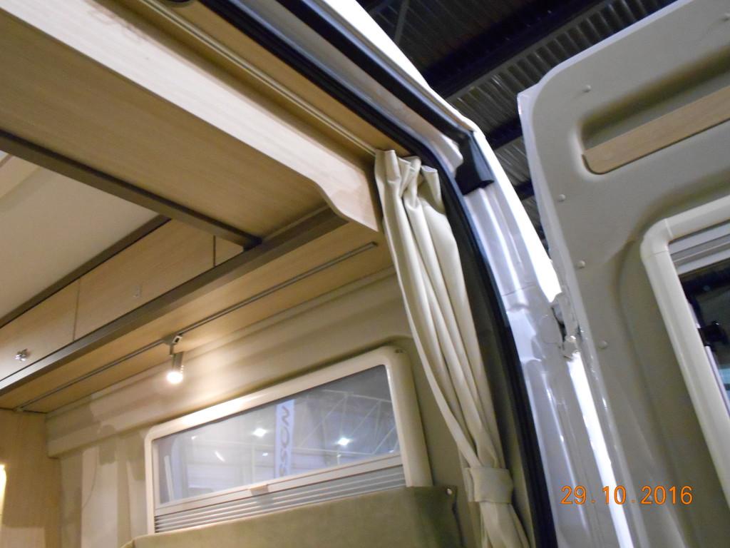 trittschutz am fenster wohnmobil forum seite 1. Black Bedroom Furniture Sets. Home Design Ideas