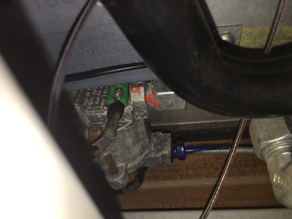 Super Dometic RM 8551 Kühlschrank kühlt nicht auf Gas - Wohnmobil Forum BN98