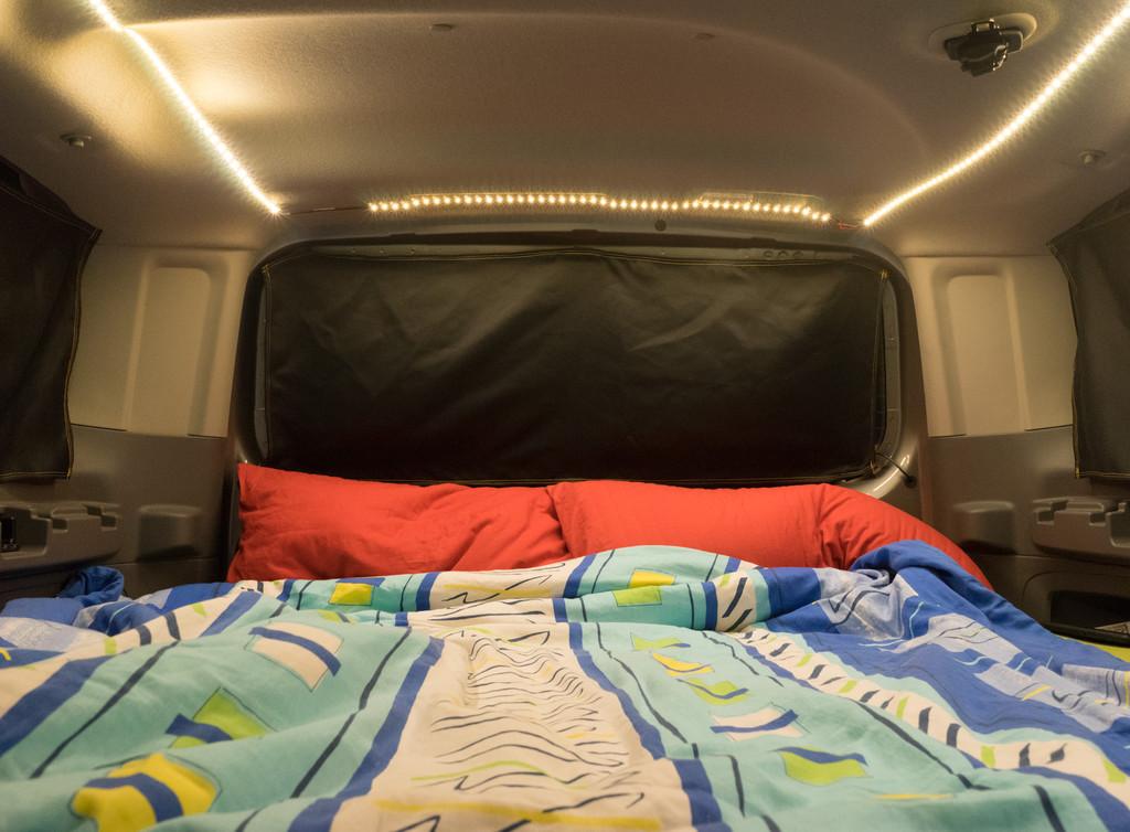 nissan nv200 evalia ausbau zum minicamper wohnmobil forum. Black Bedroom Furniture Sets. Home Design Ideas