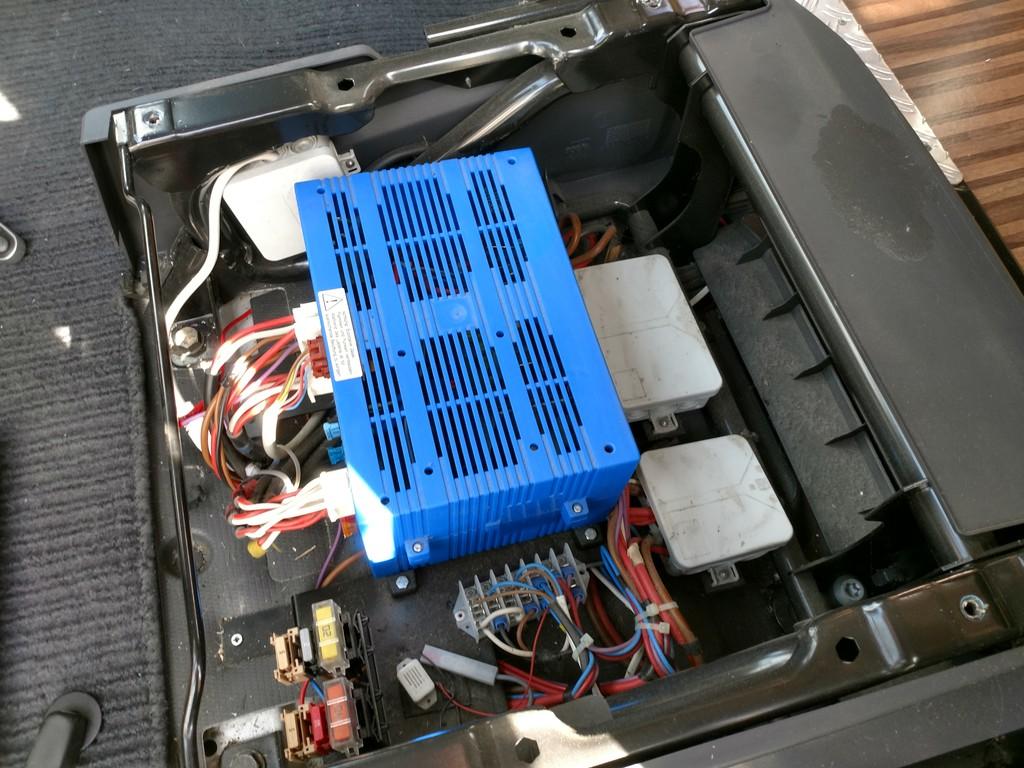 ebl99 k hli l uft auf motorbatterie wohnmobil forum seite 3. Black Bedroom Furniture Sets. Home Design Ideas