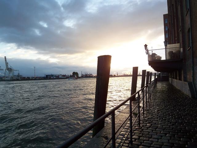 Jahres abschlussfahrt nach hamburg und cuxhaven for Am fischmarkt