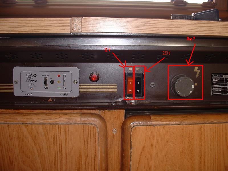 Ziemlich Wohnwagen Kühlschrank Gas Bilder - Die besten ...