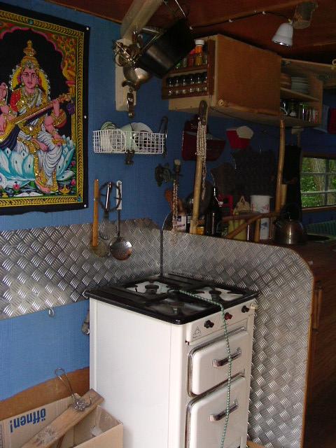 holzofen w hrend fahrt betreiben wohnmobil forum. Black Bedroom Furniture Sets. Home Design Ideas