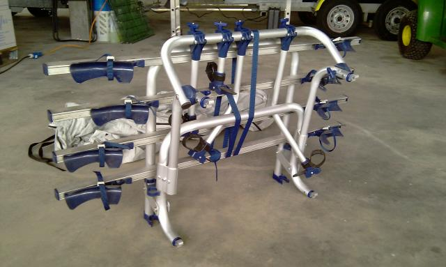 verkaufe fahrradtr ger f r wohnmobil nur einmal. Black Bedroom Furniture Sets. Home Design Ideas
