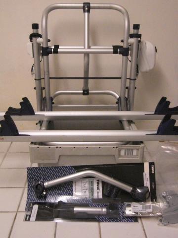 thule absenkbarer fahrradtr ger mit motor 12 v. Black Bedroom Furniture Sets. Home Design Ideas