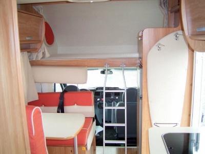rimor katamarano 5 baujahr 2008 kilometerstand 25000 km stand 03 2010 leergewicht 2930 kg. Black Bedroom Furniture Sets. Home Design Ideas